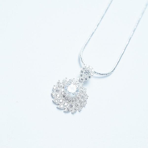 QMJ Dây chuyền Hoa xoáy đá đơn giản, cá tính bạc 925 cao cấp khuyên tai dành cho nữ thích hoa tai đơn giản thích phụ kiện thời trang nữ đẹp và phong cách cá tính - Q134
