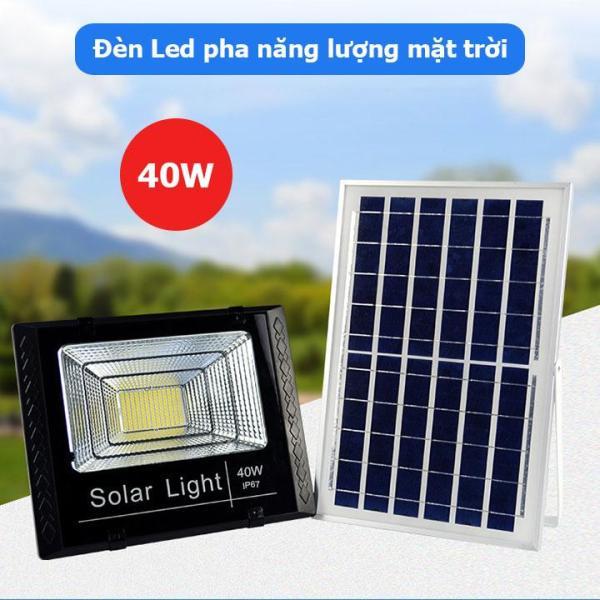 Đèn led pha năng lượng mặt trời 40W dễ dàng lắp đặt, thiết kế kính cường lực sang trọng, tiêu chuẩn chống nước và chống bụi IP67