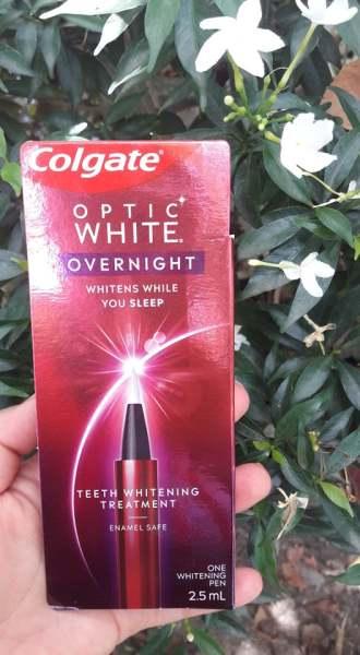 Bút tẩy trắng răng Colgate Optic White Overnight 2,5ml-( date 11/2021) giá rẻ