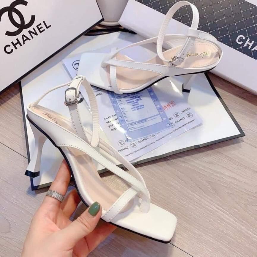 Sandal cao gót kẹp mã B4 xịn xò giá rẻ