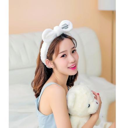 Băng đô tai thỏ Cool (Trắng)