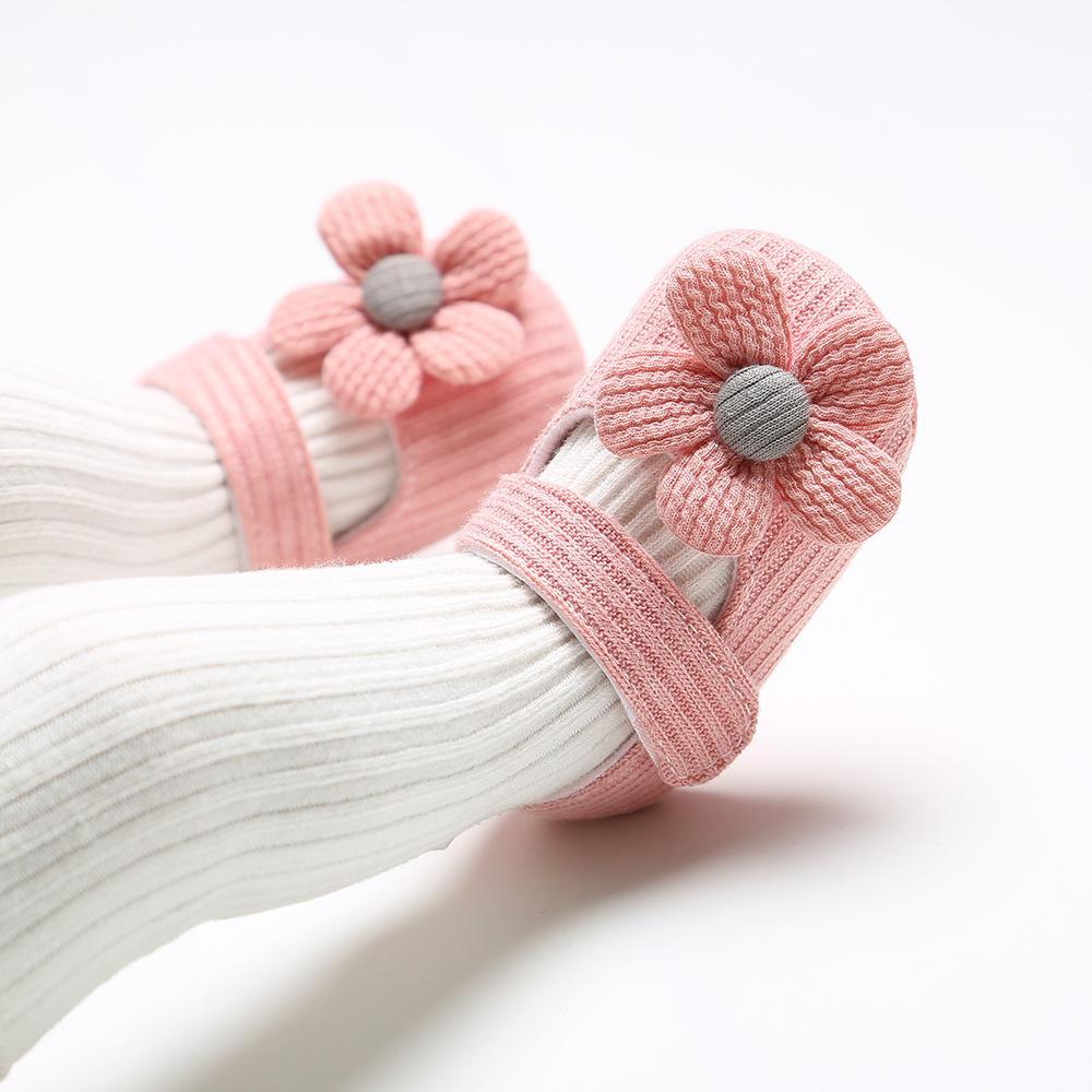 Giá bán Giày đế mềm chống trượt bông hoa cho bé(9-20 tháng)