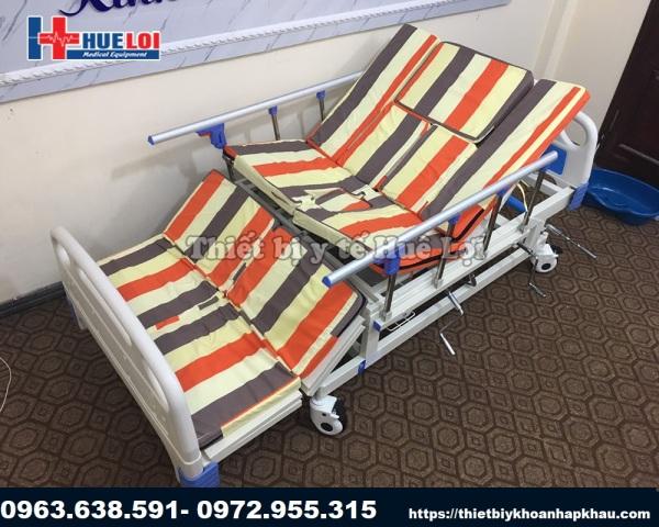 Giường Bệnh Cao Cấp - Giường Y Tế Có Vỉa Chống Trượt
