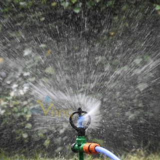 Béc tưới cây phun mưa xoay 360 độ chân ren 21 bán kính tưới rộng ( 4-5m ) thumbnail