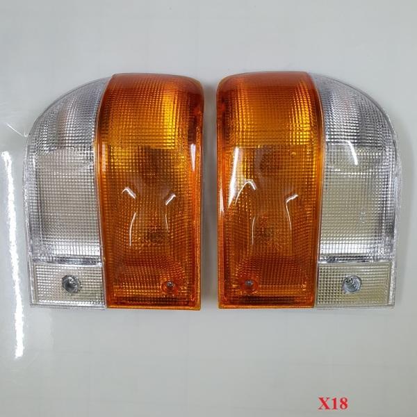 Đèn xi nhan xe tải Hyundai X18 - Giá tính theo cặp