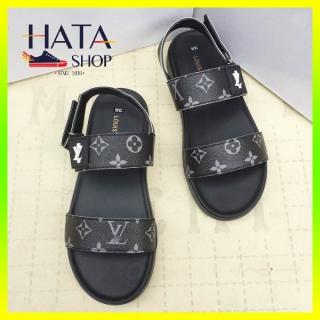 (Hàng VNXK- Video thật) Dép sandal nam quai hậu Hatashop in họa tiết LV chất liệu da cao cấp mang êm chân, chống nước, dép nam đi học, đi chơi, đi làm, giày sandal nam quai kép cực đẹp, xăng đan nam đẹp thumbnail