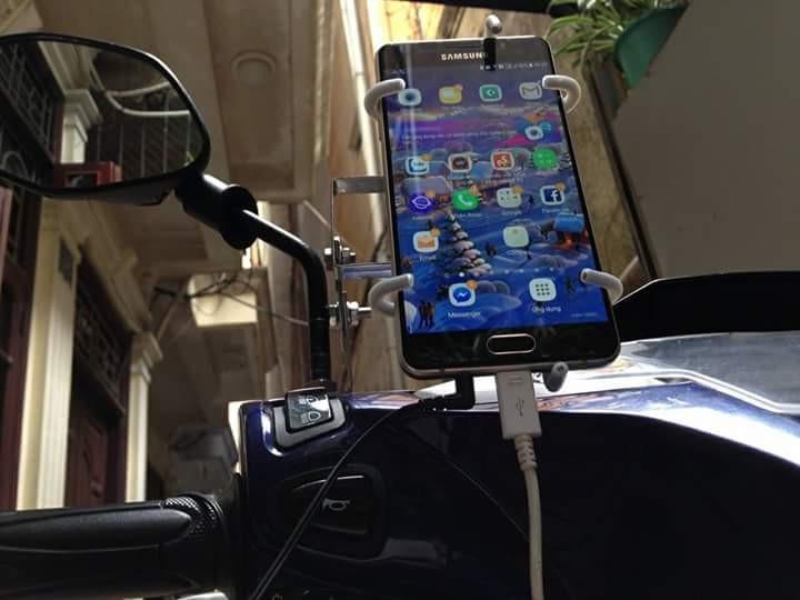 Hình ảnh giá đỡ điện thoại 100% INOX siêu bền-đẹp dành cho xe máy