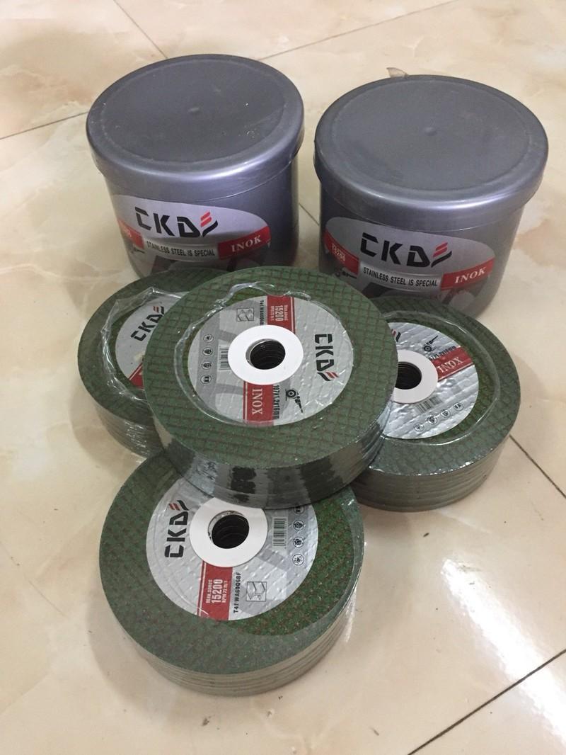 Hộp đá cắt inox,sắt CKD 100 lưỡi- lưỡi cắt inox- pk máy cắt,máy mài - vtth301