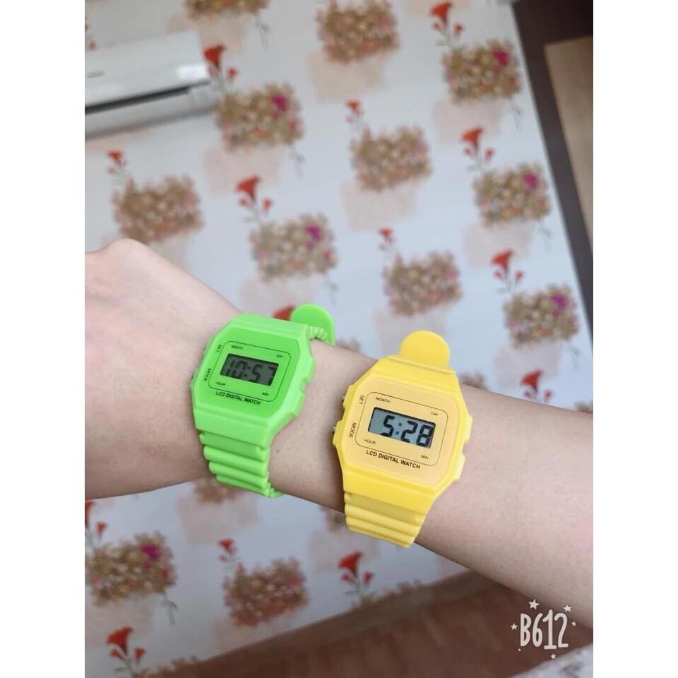 Nơi bán Đồng hồ điện tử kiểu dáng Unisex đa sắc màu dây cao su chống nước sinh hoạt nhẹ