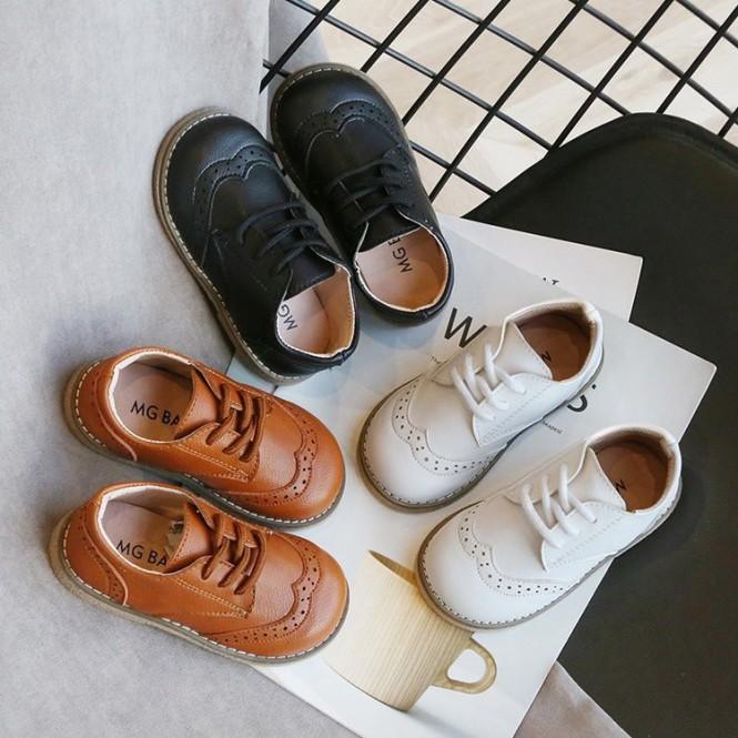 các cô gái Giày Da Kiểu Anh Cho Bé Trai Từ 1-2-3-4-5 Tuổi giá rẻ