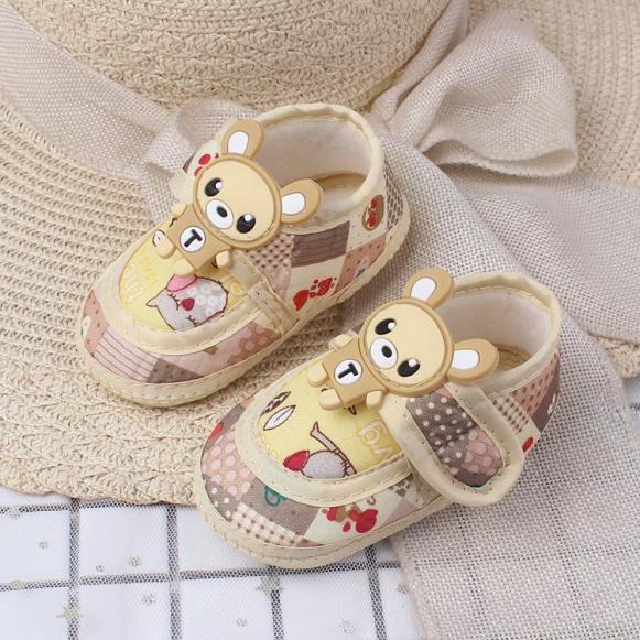 Giày đế mềm hình gấu cho bé siêu yêu(5-18tháng) giá rẻ