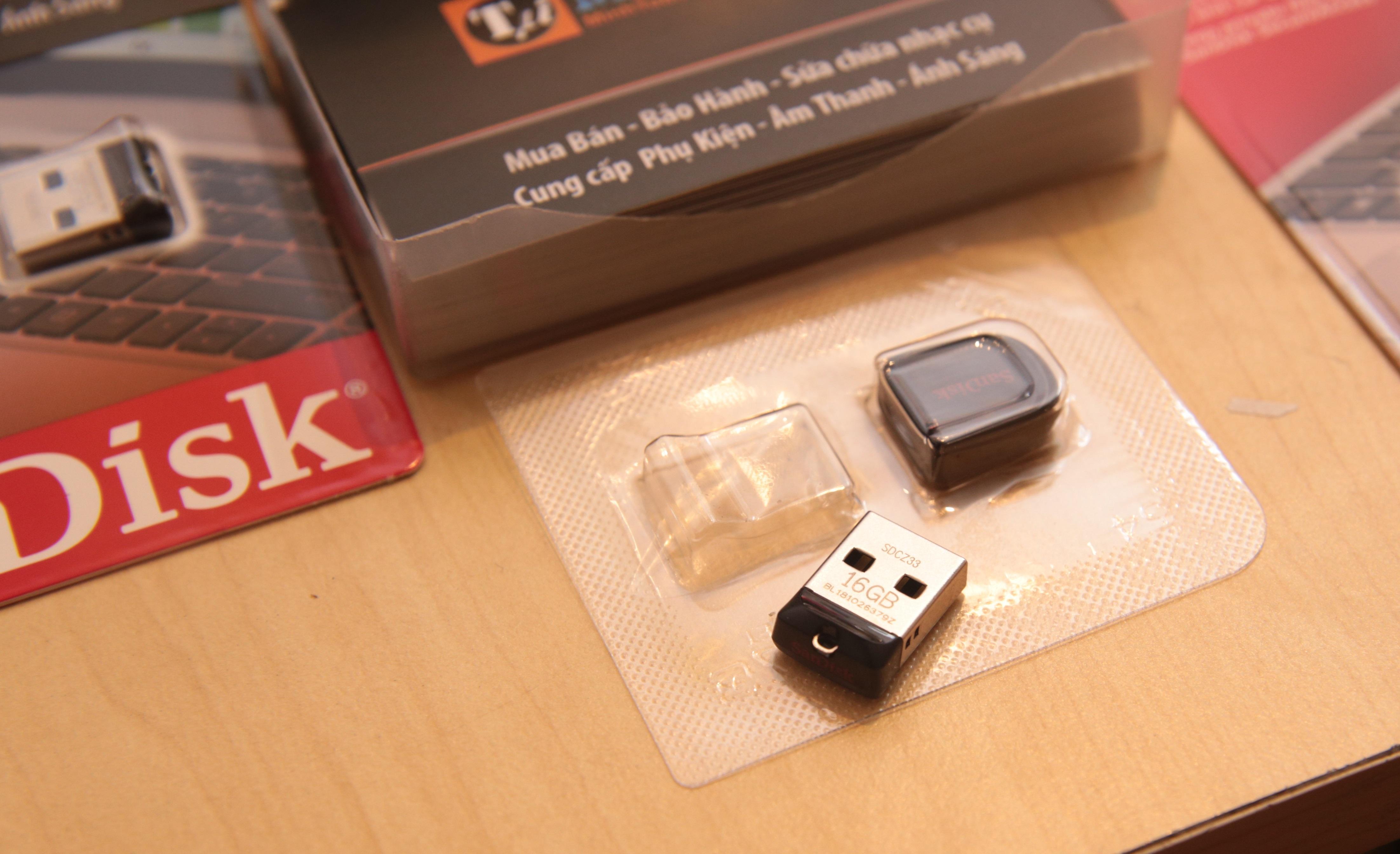 USB SANDISK 16GB