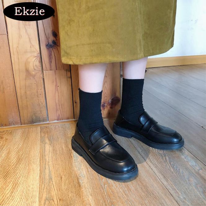 2020 phiên bản tiếng Hàn mới mùa xuân và mùa hè retro phẳng thấp cổ kiểu Anh giày da nhỏ màu đen giày lười phù hợp cho công việc hàng ngày của các buổi tiệc hẹn hò giá rẻ