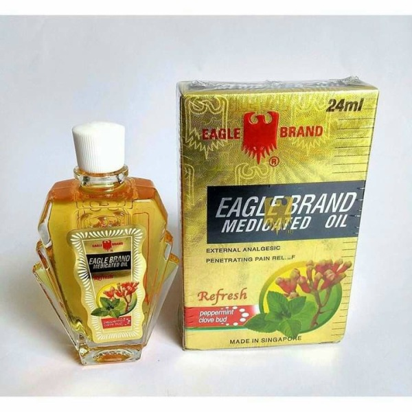 Dầu Gió Vàng Singapore Con Ó Eagle Brand 24ml