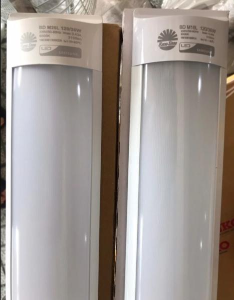 Bộ đèn led bán nguyệt RẠNG ĐÔNG 0.6-1.2m(18/36W)