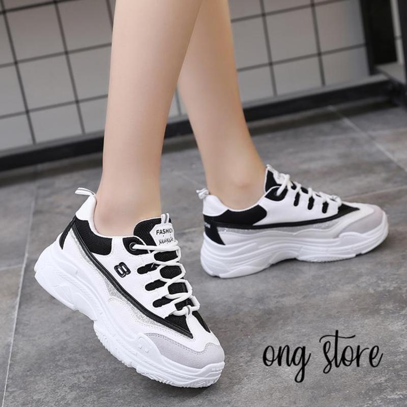 (Có size nam nữ) Giày thể thao nữ số 8 (đen trắng)