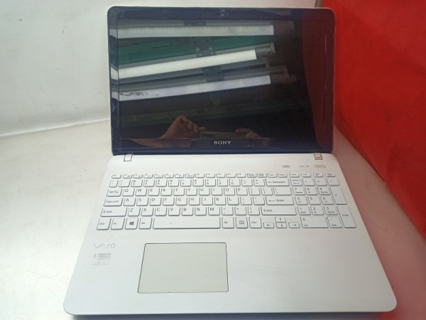 Bảng giá Laptop Cũ Sony SVF152C29W/ CPU Core I3-3227U/ Ram 4GB/ Ổ Cứng HDD 500GB/ VGA Intel HD Graphics/ LCD 15.6 inch Phong Vũ