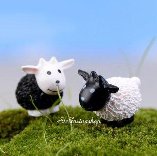 Mô hình cừu trắng, đen trang trí tiểu cảnh, thủy sinh, terrarium, chậu cây cảnh, sen đá, bánh kem, xương rồng thumbnail
