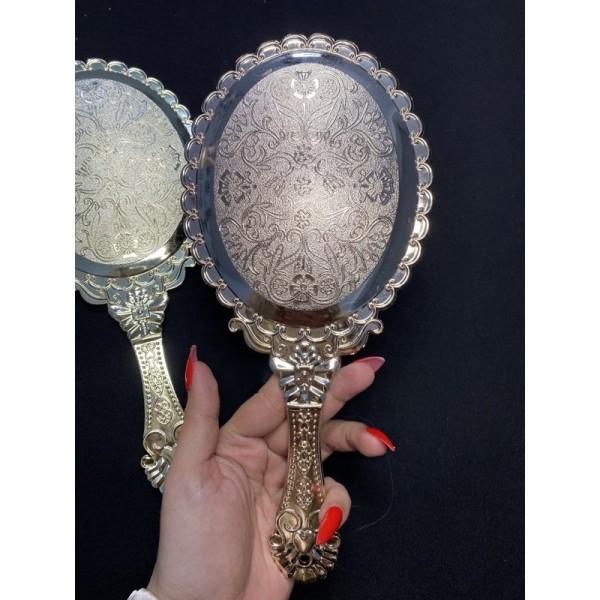 Gương cầm tay công chúa
