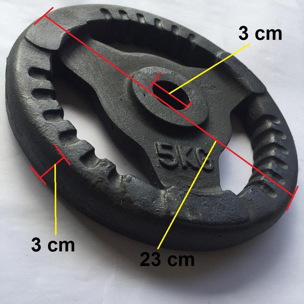Bánh tạ gang 5kg có phi là 3 cm phù hợp để lắp vào đòn tạ tay, đòn tạ đẩy, lắp vào ghế tạ đa năng tập tay, vai, ngực cho nam và nữ. 1 miếng tạ tròn 3 lỗ, tạ 5kg, tạ autowin