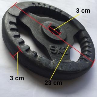 Bánh tạ gang 5kg có phi là 3 cm phù hợp để lắp vào đòn tạ tay, đòn tạ đẩy, lắp vào ghế tạ đa năng tập tay, vai, ngực cho nam và nữ. 1 miếng tạ tròn 3 lỗ, tạ 5kg, tạ autowin thumbnail