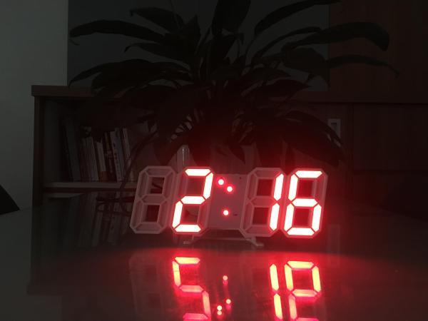 Nơi bán Đồng hồ Để Bàn hoặc Treo Tường Điện Tử 3D - Báo Thức & Đo Nhiệt Độ - VNYDH92
