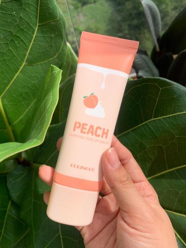 Kem dưỡng nâng tone đào Coringco Peach Whipping Tone Up Cream