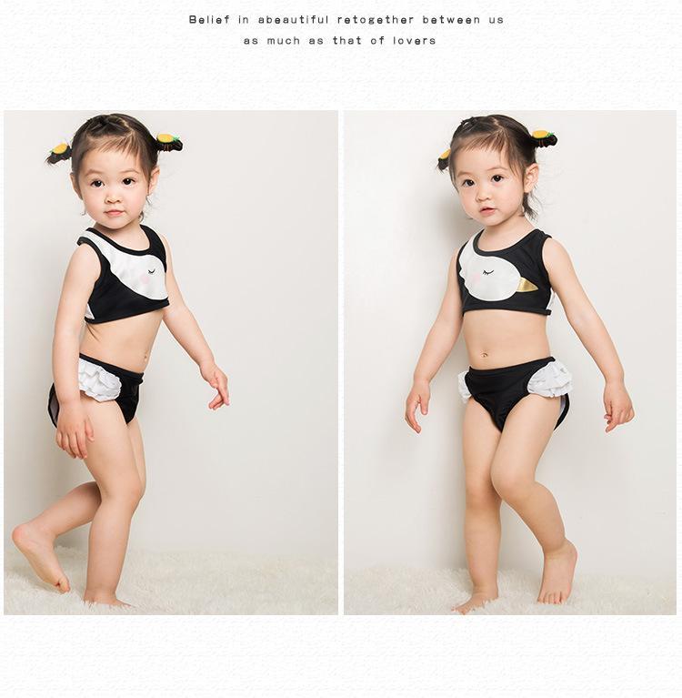 Giá bán Đồ bơi bé gái thiên nga tặng kèm nón bơi_BG14