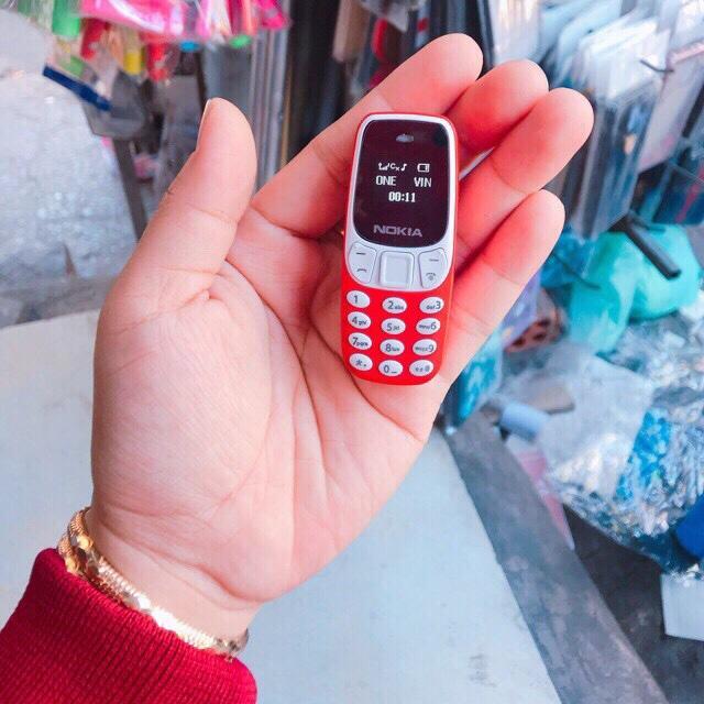 Điện thoại Nokia mini siêu nhỏ 3310 2 sim 2 sóng hỗ trợ blutooth,mp3,thẻ nhớ SD,thay đổi giọng nói,nhỏ gọn,siêu đẹp