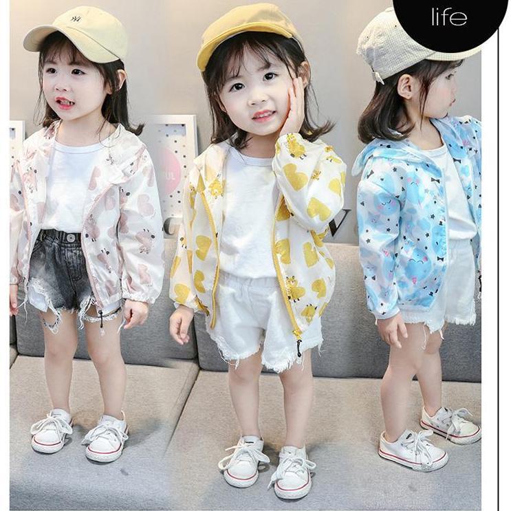 Giá bán Áo khoác dù mỏng tay dài kèm nón hoạt hình xinh xinh cho bé gái