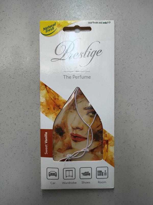LÁ THƠM TỰ NHIÊN DÀNH CHO XE Ô TÔ MÙI SWEET VANILLA CỦA BA LAN (Sweet Vanilla Perfume of Poland)