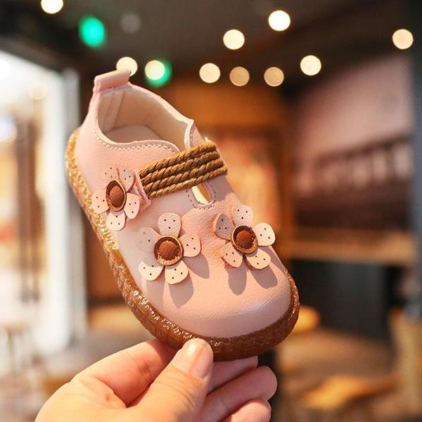 Giá bán giày bé gái size 21-30 da mềm