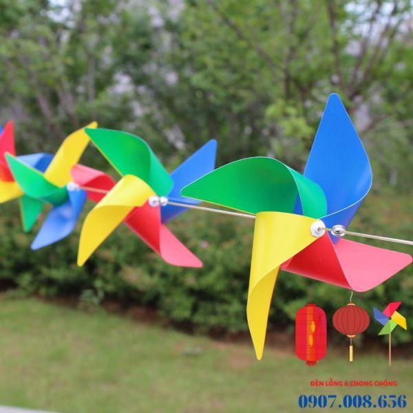 100 Chong chóng nhựa 4 cánh 4 màu, kèm dây và phụ kiện