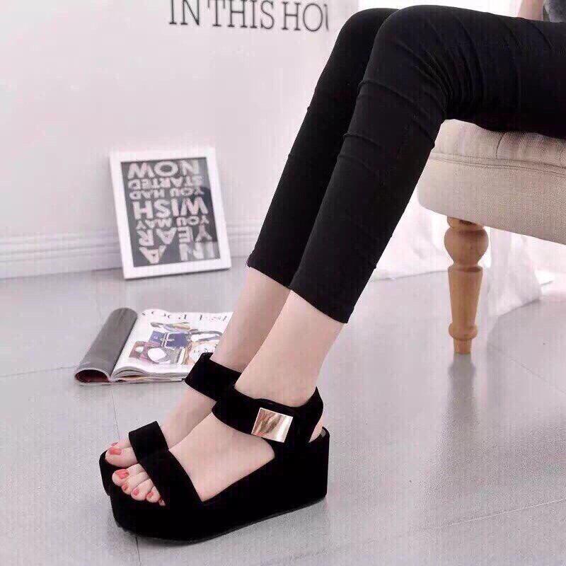 Giày sandanl đế xuồng 7f