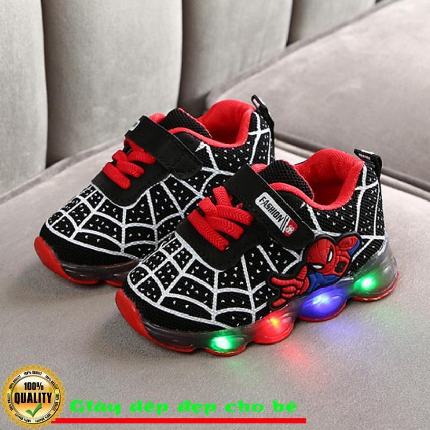 Giày siêu nhân nhệ Spider Man cực đẹp cho bé trai trẻ em trai có đèn nhấp nháy giá rẻ