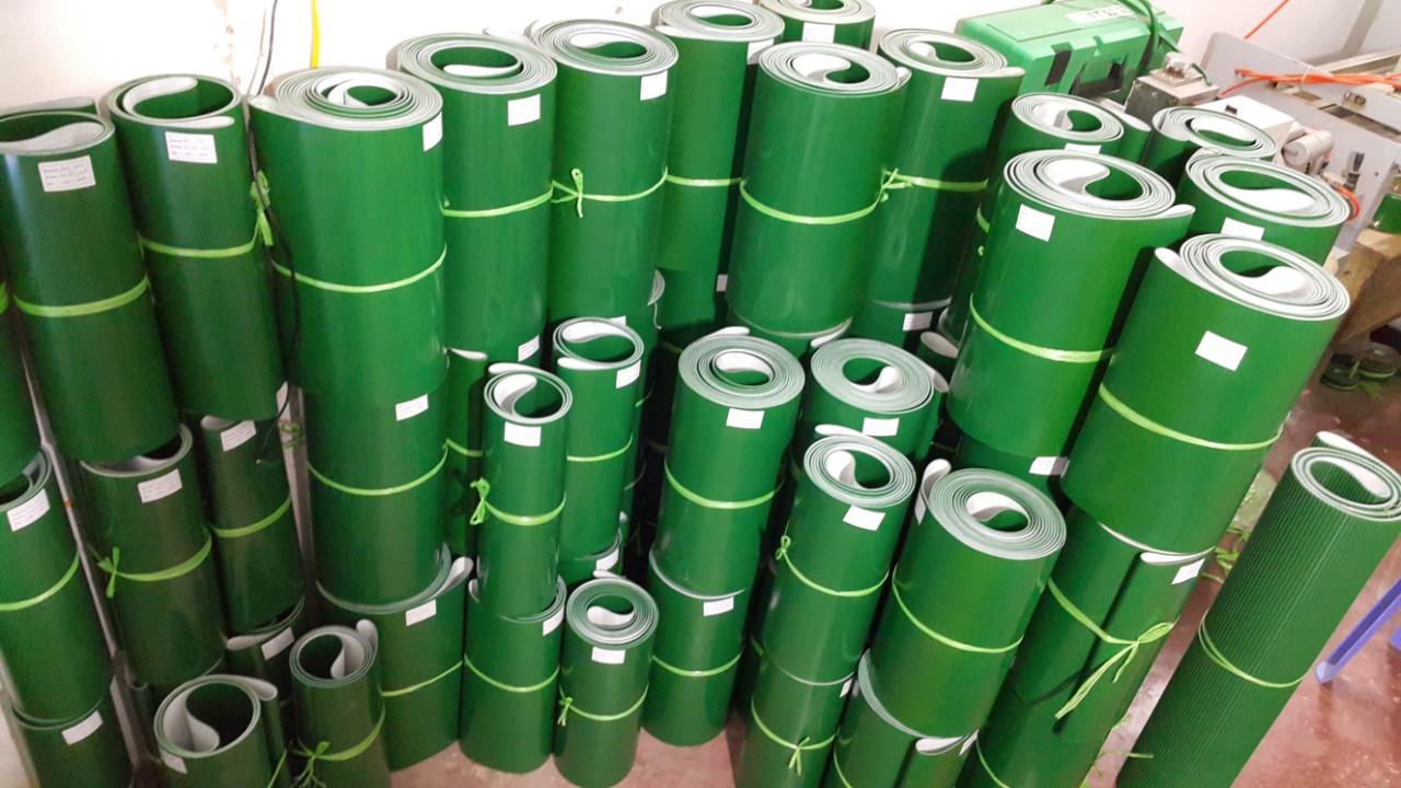 Băng tải PVC xanh dày 2mm