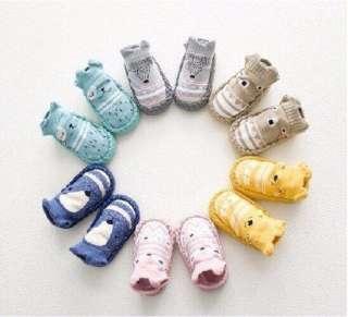 Tất giày chống trượt cho bé, vớ chống trượt cao cấp cho bé 0-3 tuổi giao màu ngẫu nhiên, giày noel