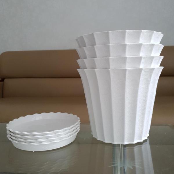 Combo 4 chậu trồng hoa khía nhựa trắng 22cm + 4 đĩa lót chậu
