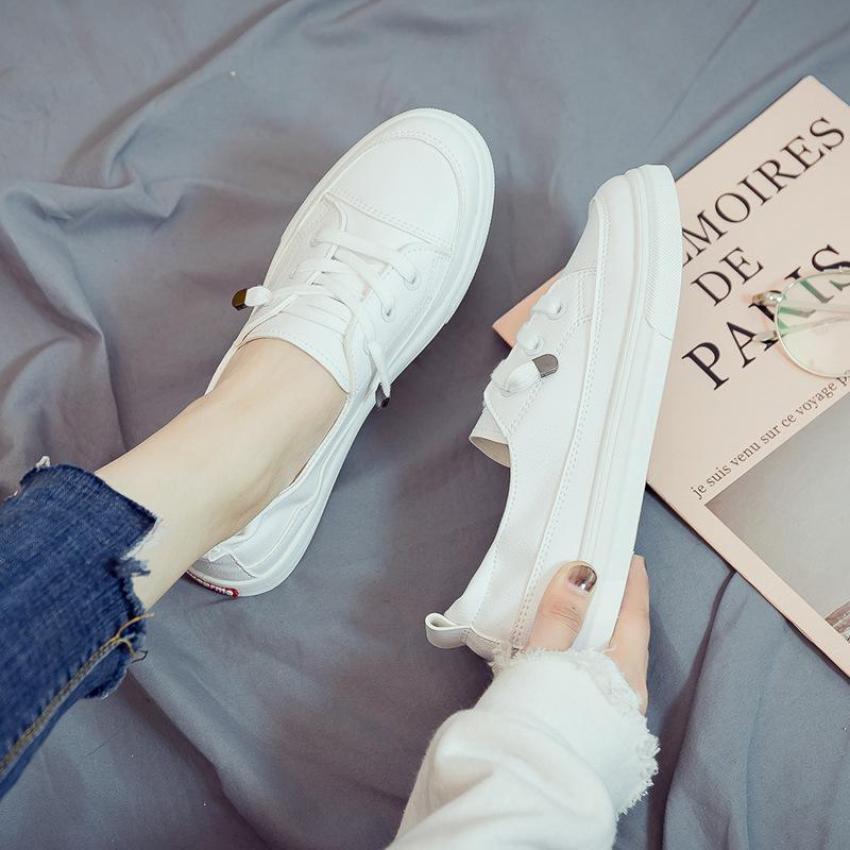 Slip on da nữ - Giày lười da nữ - Chất liệu da PU 2 màu (trắng) full và (trắng) chỉ đen - Mã SP 2216 (8620) giá rẻ