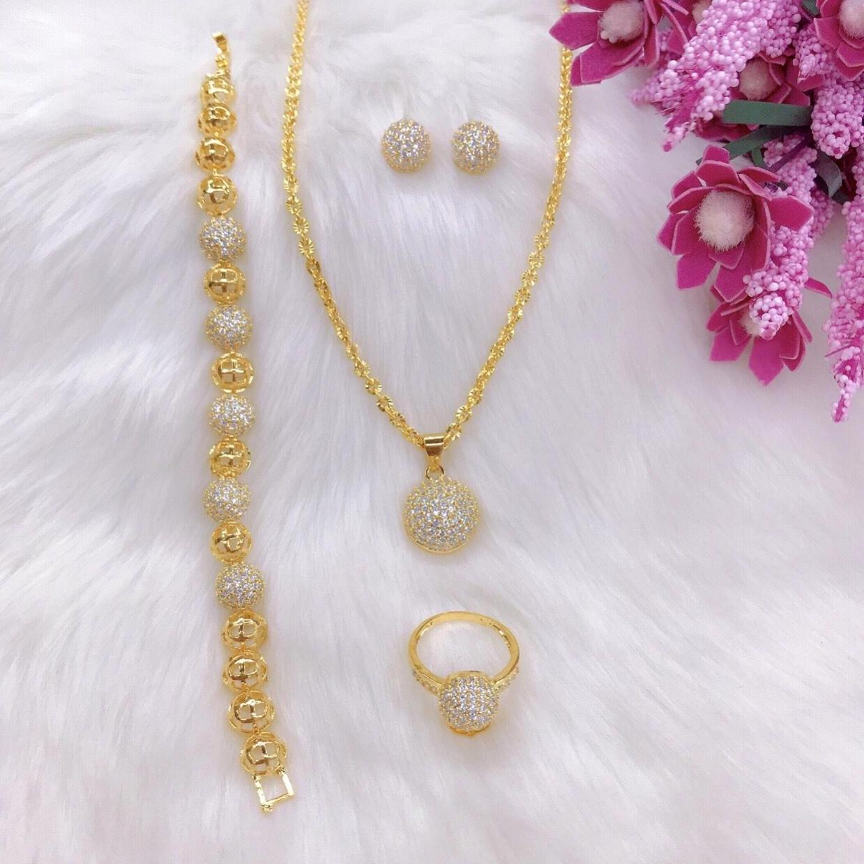 [RẺ VÔ ĐỊCH] Bộ trang sức nữ mạ vàng 18k, bộ trang sức bi châu xỏ đính đá pha lêsáng lấp lánh không phai màu thiết kế sang trọng quý phái Trang Sức Gadoshop VB408091901 - Đeo đi làm đi đám cưới sang trọng