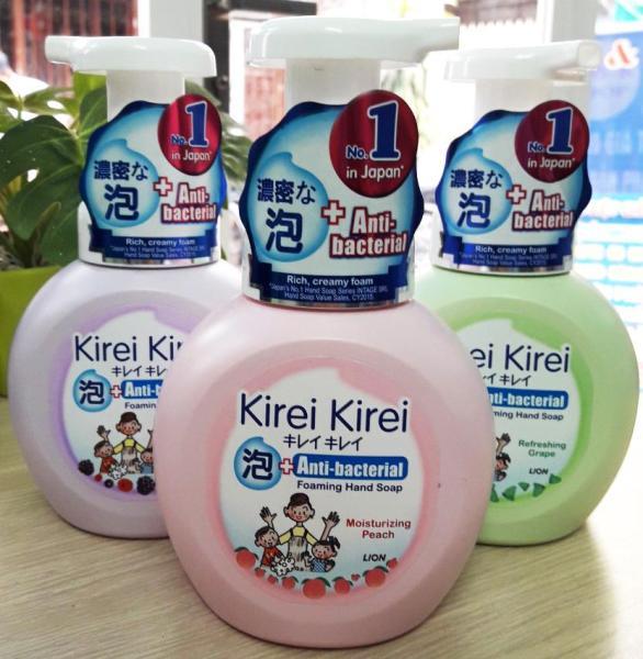 Bọt rửa tay Kirei Kirei chai 250ml nhập khẩu