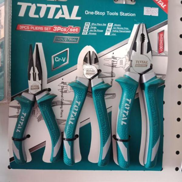 Bộ kìm điện, kìm cắt và kìm nhọn 3 chi tiết Total THT2K0301