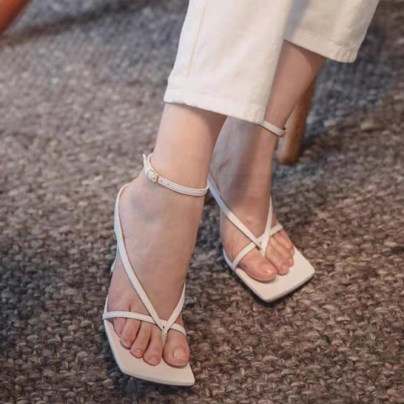 [ ảnh thật] sandal cao gót kẹp ngón hot trend giá rẻ