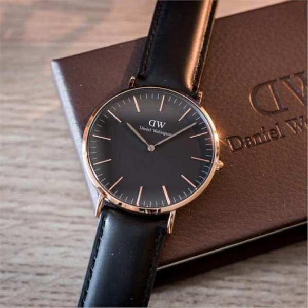 Đồng hồ nam DW classic dây da sang trọng + Tặng kèm pin + Bảo hành 12 tháng bán chạy
