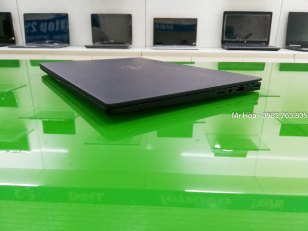 Bảng giá Dell Latitude 7370 - Màn hình 3K tràn viền cảm ứng, nhẹ 1,2 kg,, Core m5, Ram 8GB, ổ SSD 180GB, bàn phím phát sáng Phong Vũ