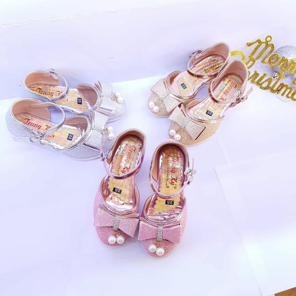 Giá bán Giày Bupbe Ngọc Trai cao gót cho bé gái