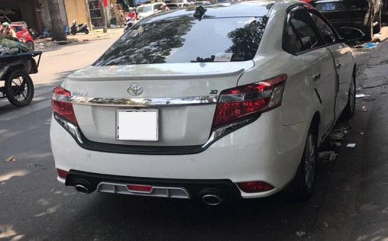 Líp chia pô ô tô theo xe Vios 2014-2017