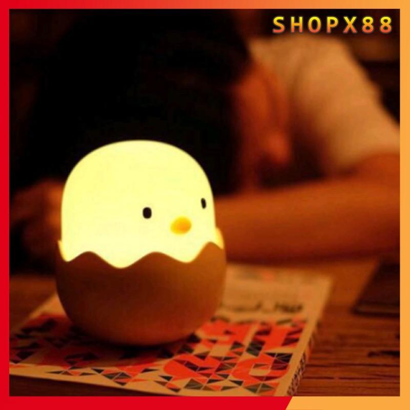 Đèn ngủ tự động sáng hình quả trứng, ngôi sao, quả dứa