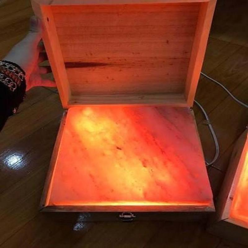 đá muối himalaya massage chân loại thẳng tặng muối tắm or bóng đèn cao cấp