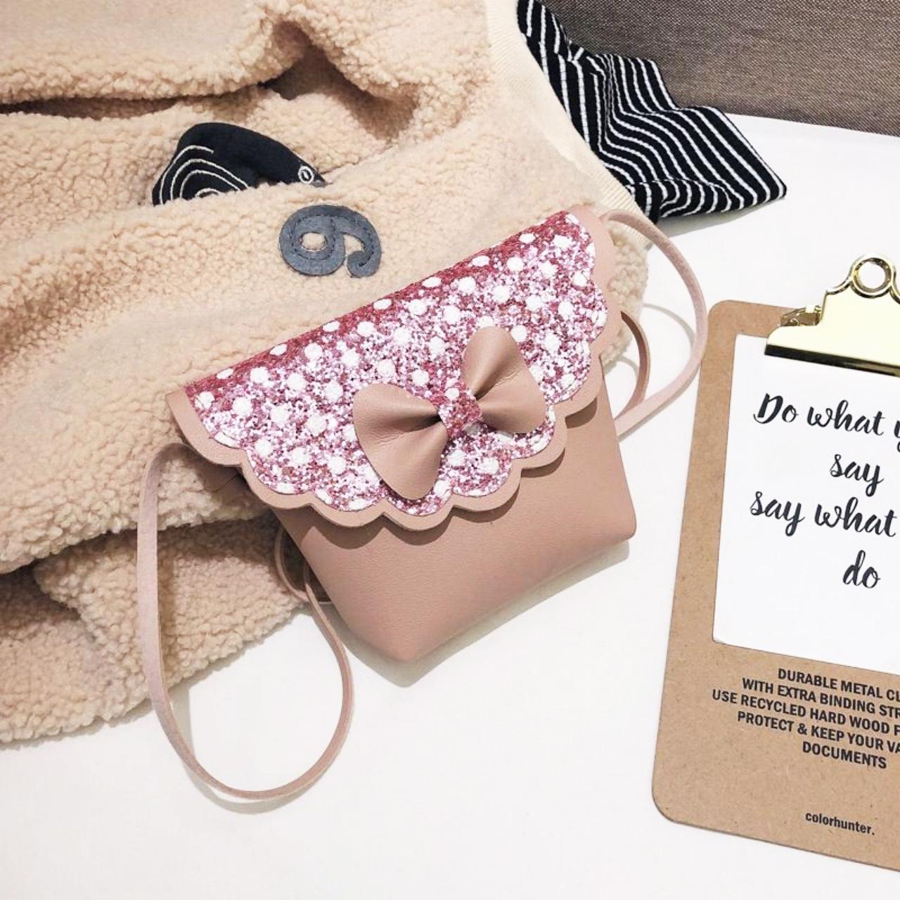 Túi đeo vai cho bé kim sa chấm bi đính nơ đáng yêu – TX014